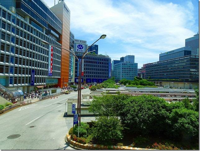 カリヨン橋 新宿