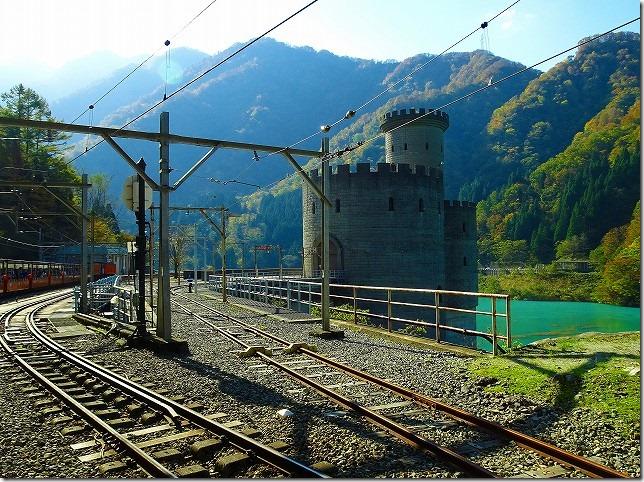 黒部渓谷トロッコ列車 新柳川原発電所