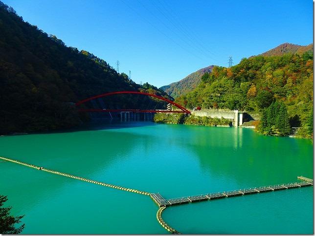 黒部渓谷トロッコ列車 宇奈月湖