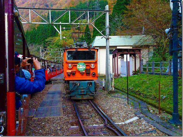 黒部渓谷トロッコ列車