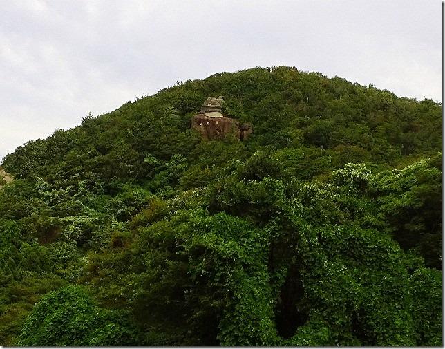 魔崖仏(まがいぶつ)(石川県 珠洲(すず)市)