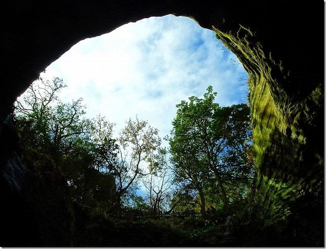 天窓洞(洞くつめぐり)堂ヶ島(静岡県 西伊豆町)