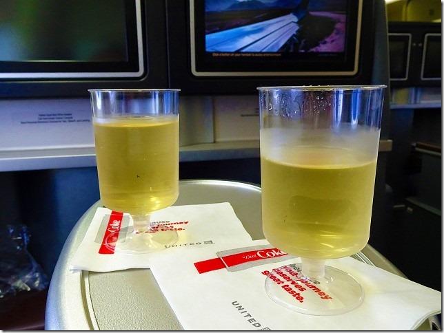 UNITED航空 グアム ビジネスクラス
